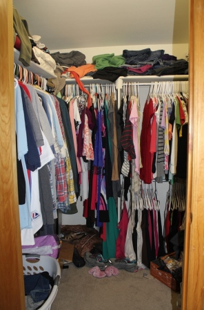Joint closet Before
